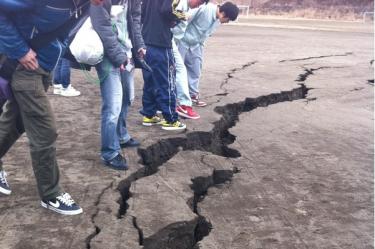 الصور من زلزال11 مارس في اليابان التي شارك بها@mitsu_102 عن طريق (via wikitree.co.kr)