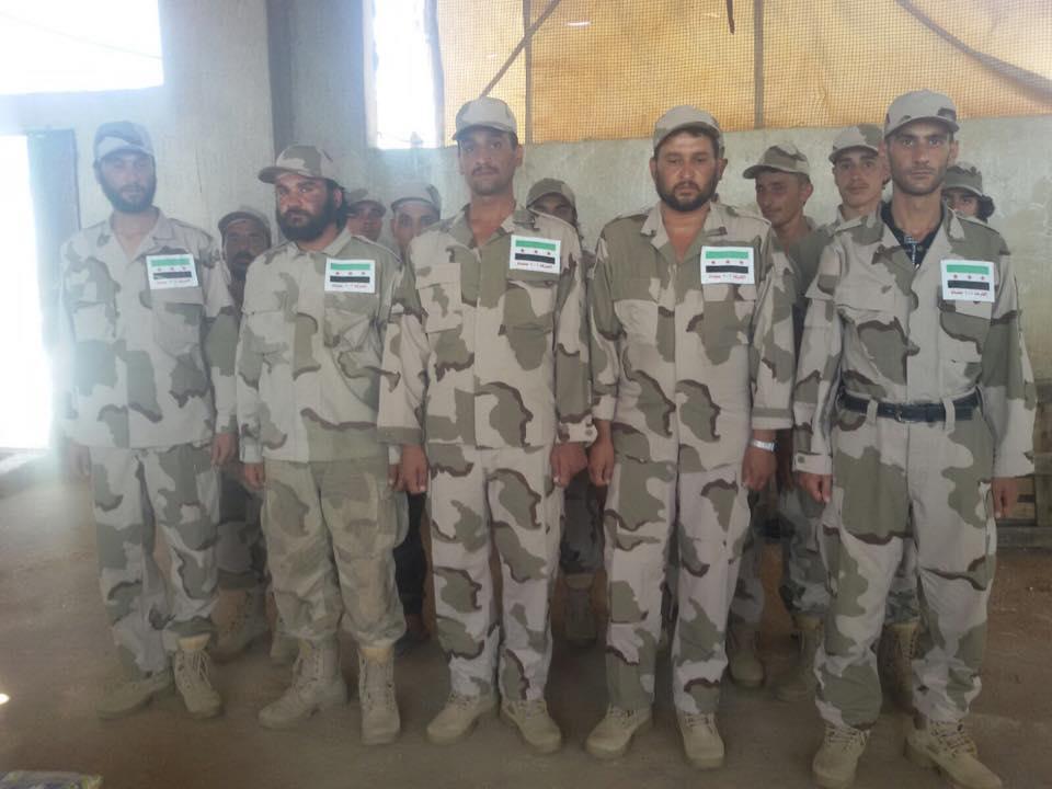 صورة لعناصر مقاتلة من الفرقة 101 مشاة في سوريا