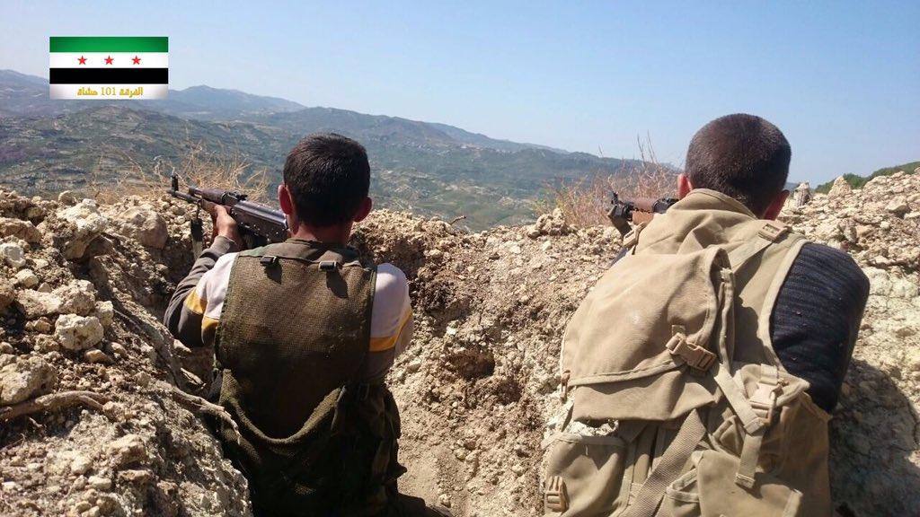 - صورة مقاتلين من الفرقة 101 مشاة بتصريح من المكتب الاعلامي للفرقة