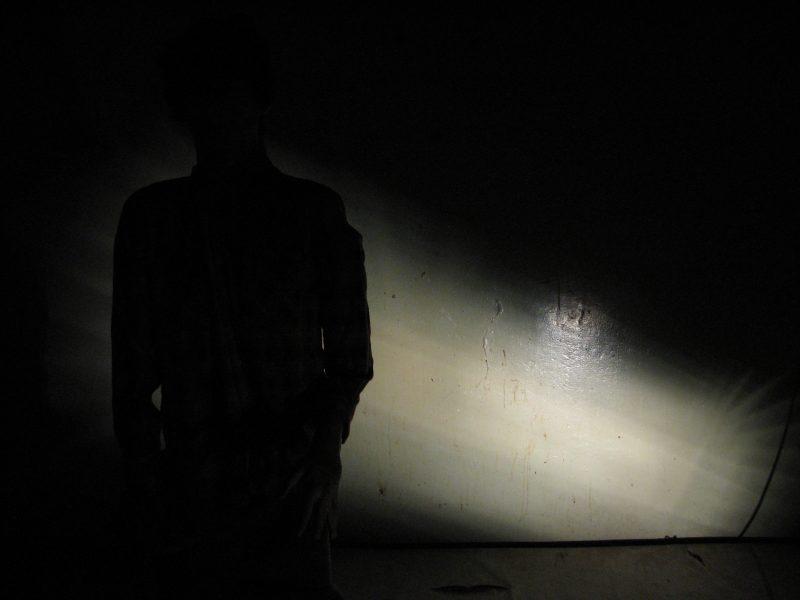 """السجن الانفرادي - سجن أولد دبو غوال - تصوير كوري باركليمور - من <a href=""""https://www.flickr.com/photos/corrieb/2743935372"""">فليكر</a>. استخدمت تحت رخصة المشاع الإبداعي."""